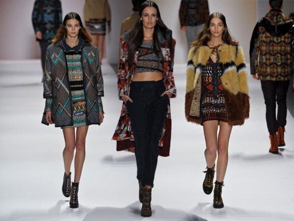 на фото модные тенденции осени 2014 года