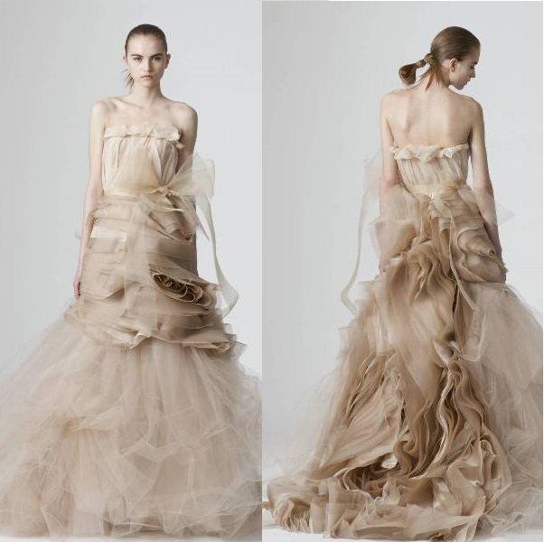 neobichniye-svadebniye-platia10