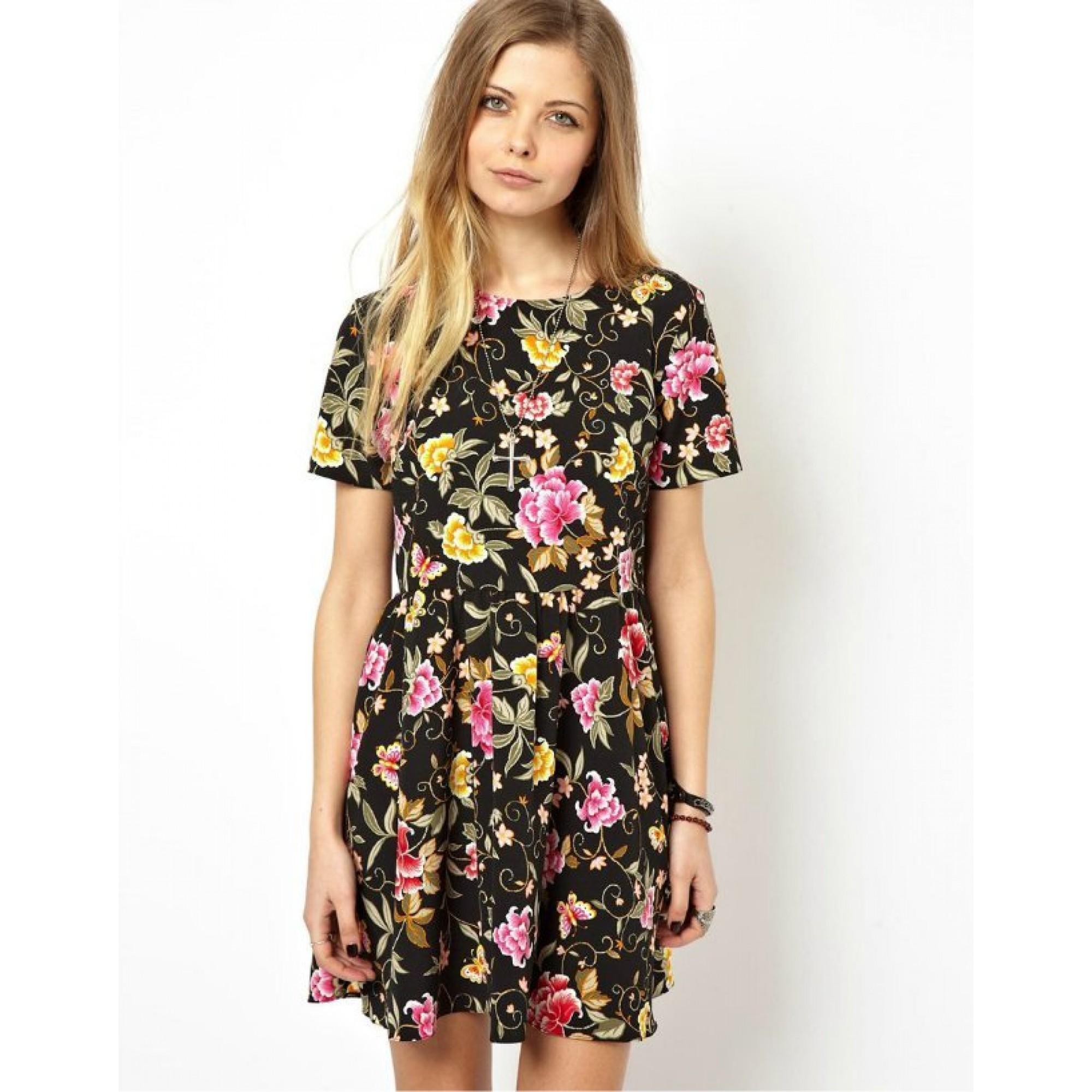 9a6707097b3 Модные платья для девочек подростков в 2017 год - обзор актуальных ...