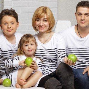 Семья, одетая в стиле Family look
