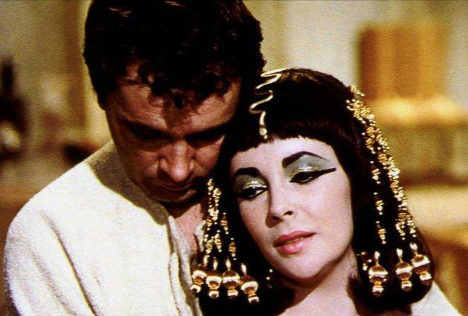 Кадр из фильма Клеопатра