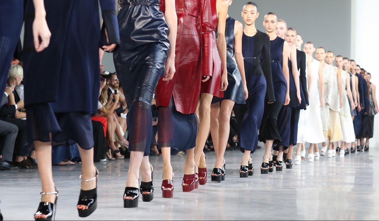 7b970fa42ec Главные тренды сезона весна лето 2016 на неделе моды в нью йорке