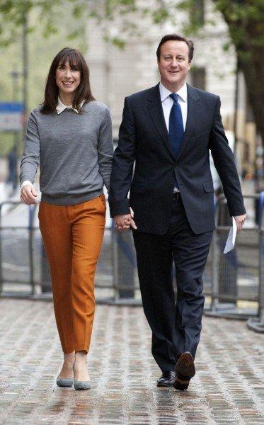 Саманта Кэмерон прогуливается со своим мужем Девидом, Лондон, 2012г.
