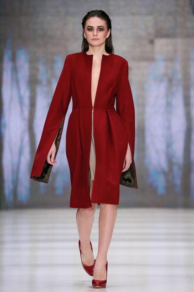 Красное платье от бренда Portnoy Beso