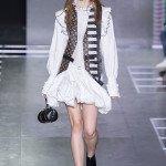 Наряд в викторианском стиле от Louis Vuitton