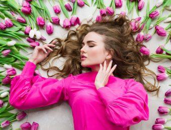 Женские шелковые блузки: от деловых до романтичных фасонов
