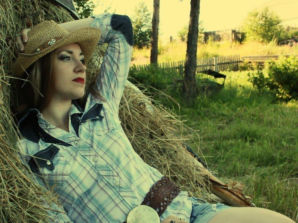 Фото деревенской простой девушки 18 фотография