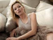 Кейт Мосс среди подушек