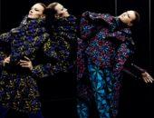 Модели в одежде Issey Miyake