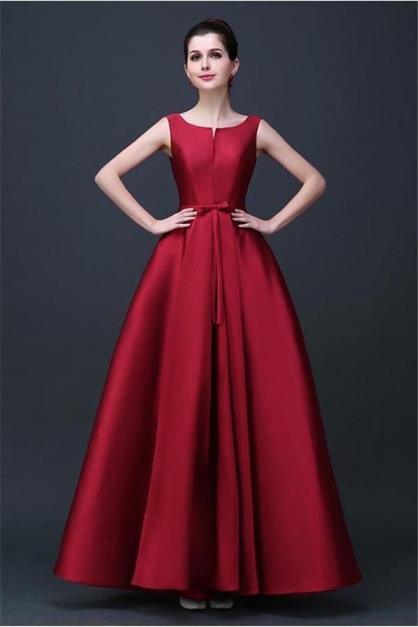 вечернее платье в красном цвете 2017