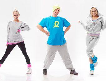 Как одежда для тренировки стала модным трендом в повседневной жизни