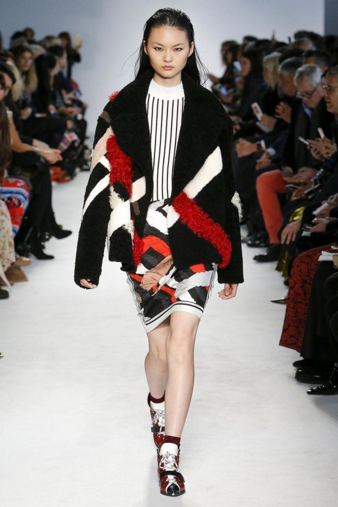 Пальто из коллекции Emilio Pucci