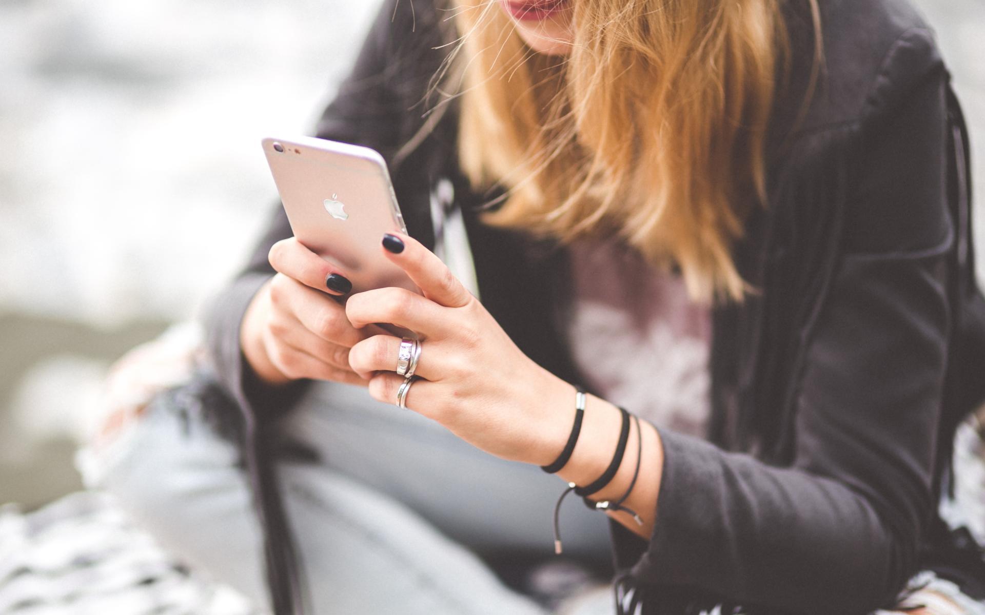 Картинки для мобильных девочками
