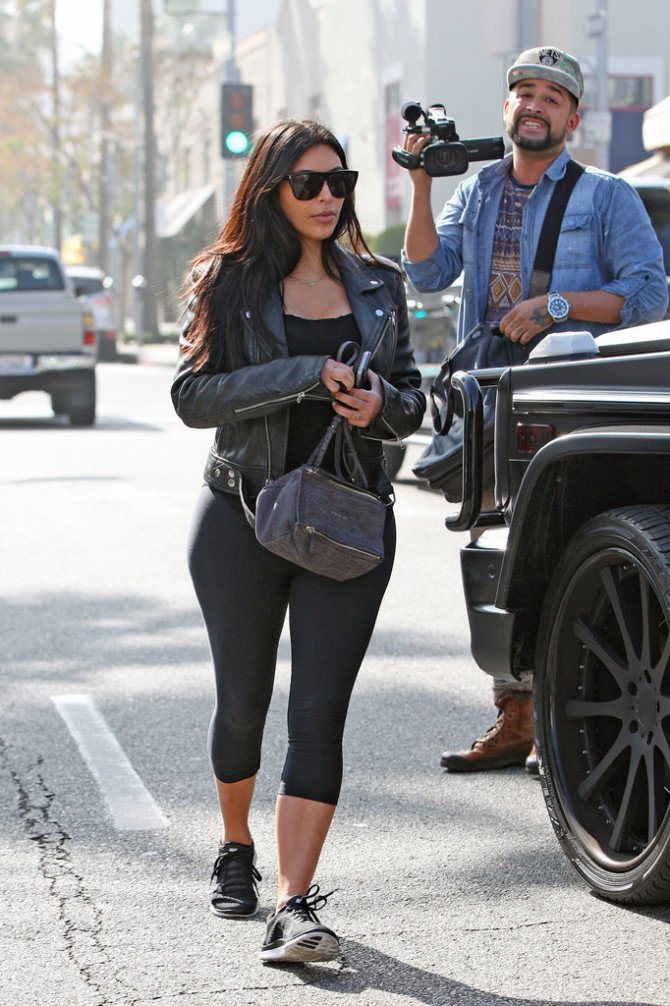 Спортивный стиль в образе Ким
