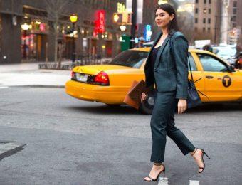 Как деловой женщине составитьгардероб, чтобы получить повышение