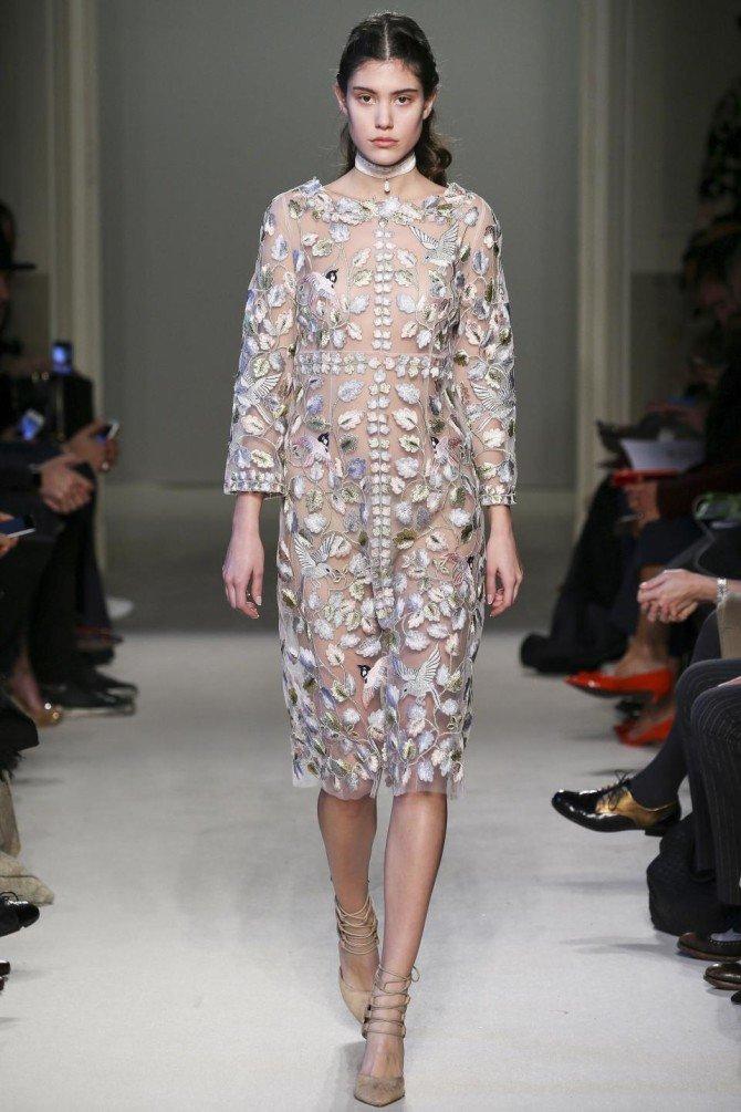 Модель в платье от Luisa Beccaria