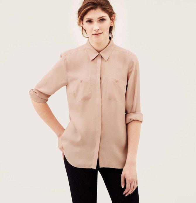 Шёлковая блузка на девушке