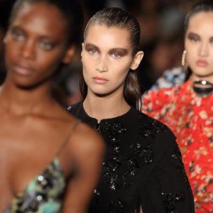 Модели на показе круизной коллекции Dior