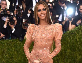 Мет Гала 2019-2020: самые яркие образы знаменитостей