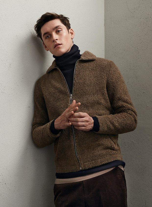 Мужчина в вещах от H&M